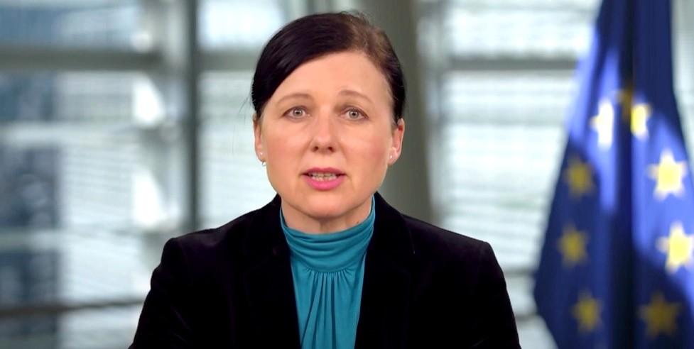 Věra Jourová: Tisztelem a magyarokat, de attól még a magyar kormányt szabad  kritizálni – Nyugati Fény