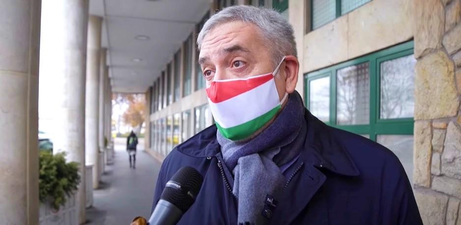 Szánalmasan védelmezték Orbán gombnyomogatói a zsidózó Demetert (+videó)