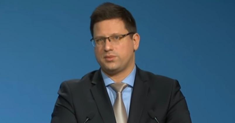 Gulyás Gergely szerint a magyar egészségügy a svéddel és a franciával azonos teljesítményt nyújtott a járvány alatt